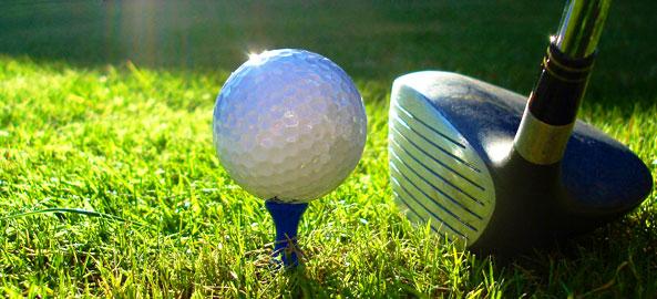 Pola golfowe blisko hoteli w Turcji